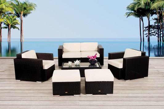 gem tliche gartenlounge aus polyrattan in schwarz. Black Bedroom Furniture Sets. Home Design Ideas