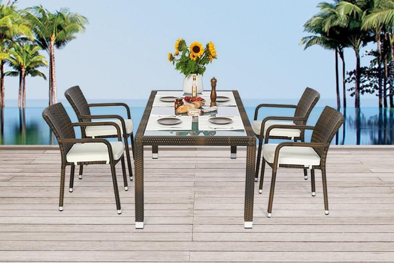 edler rattan tisch mit milchglaseinlage und stapelbaren stühlen - Rattan Gartenmobel Braun