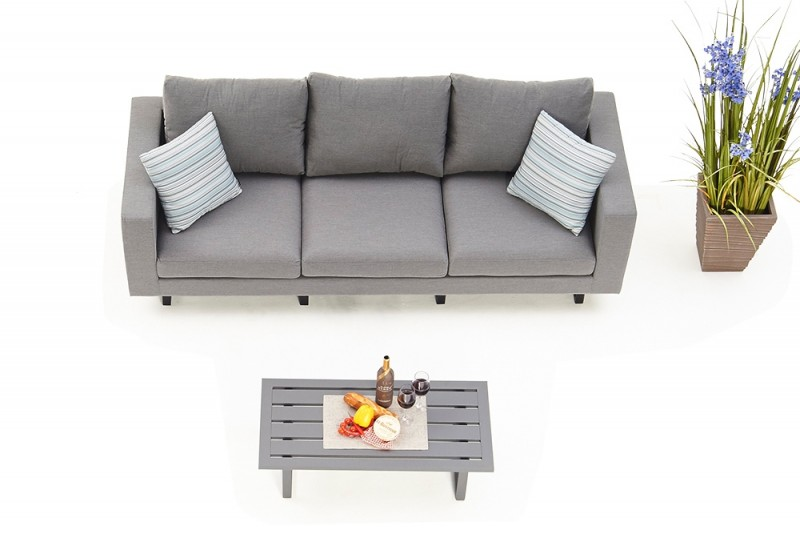kissen wetterfest garten das halbrunde wetterfeste outbag. Black Bedroom Furniture Sets. Home Design Ideas
